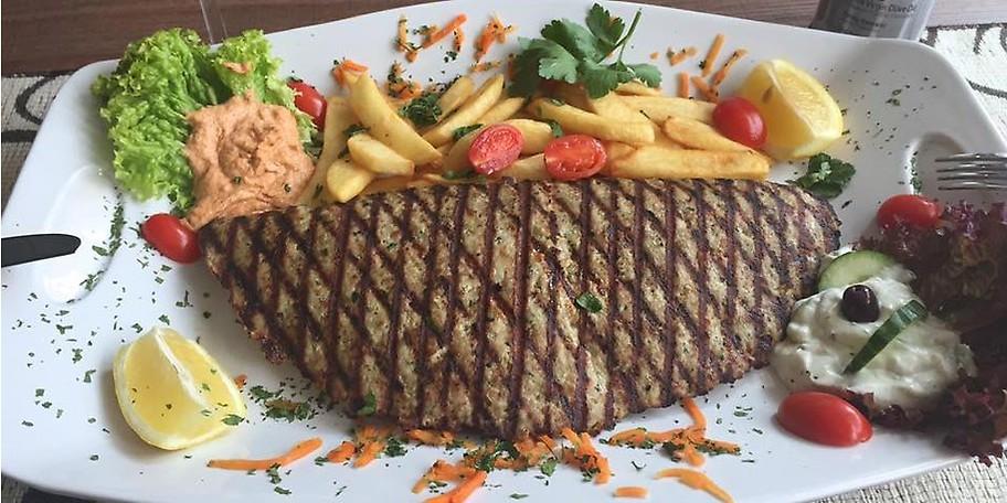 Lassen Sie sich von uns einen Querschnitt der griechischen Küche servieren