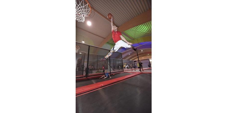Jump Berlin Trampolinpark, Sport und Freizeit