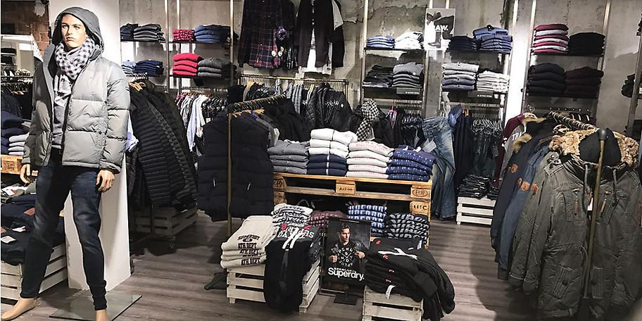 Bei MAD - my fashion finden Sie bekannte Marken wie Tommy Hilfiger oder Marcó Polo