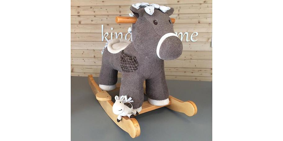 Süßer Schaukelstuhl für Ihr Kind von Kindsträume