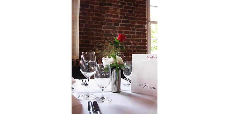 Gönnen Sie sich einen schönen Abend im Restaurant Fährhaus in Wesel-Bislich