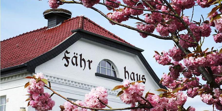 Das Team im Restaurant Fährhaus in Wesel-Bislich freut sich auf Ihren Besuch