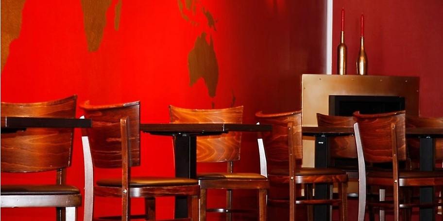 Der perfekte Ort für einen gelungenen Abend – Franky's Bar