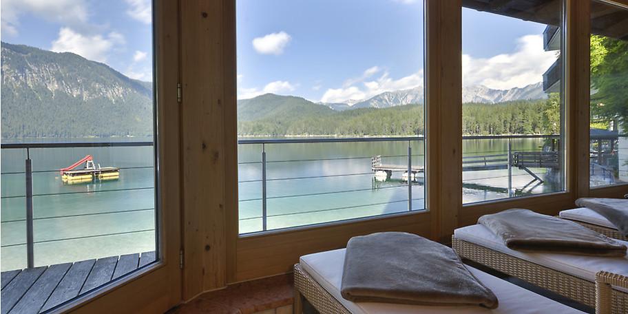 Entspannen Sie im Wellnessbereich des EIBSEE-HOTELS in Grainau