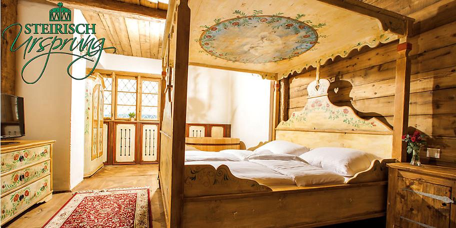 Schlafen im Heu, Baden im Bier im schrägsten Hotel Österreichs