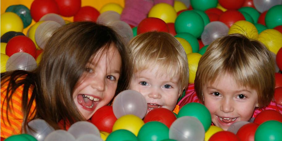 Spiel und Spaß für die Kleinen – Erholung für die Großen im KinderHotel POST