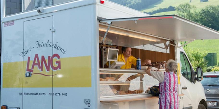 Das Brotmobil kommt in viele Ortschaften