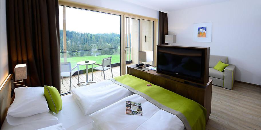 In den gemütlichen Zimmern des Hotels Schwarz Alm Zwettl**** fühlen Sie sich garantiert wohl