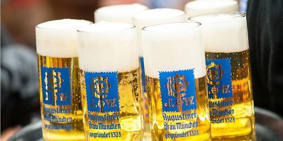 Im herrlichen Augustiner Schützengarten genießen Sie kühles Bier unter der Sonne von München-Sendling