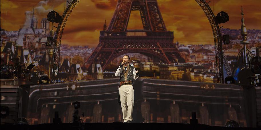 DJ BoBo präsentiert neue Songs, aber auch seine großen Hits,  die auch heute nichts von ihrer Beliebtheit verloren haben