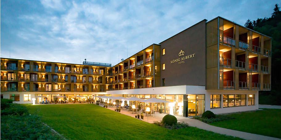 Außenfassade des Hotels König Albert in Bad Elster