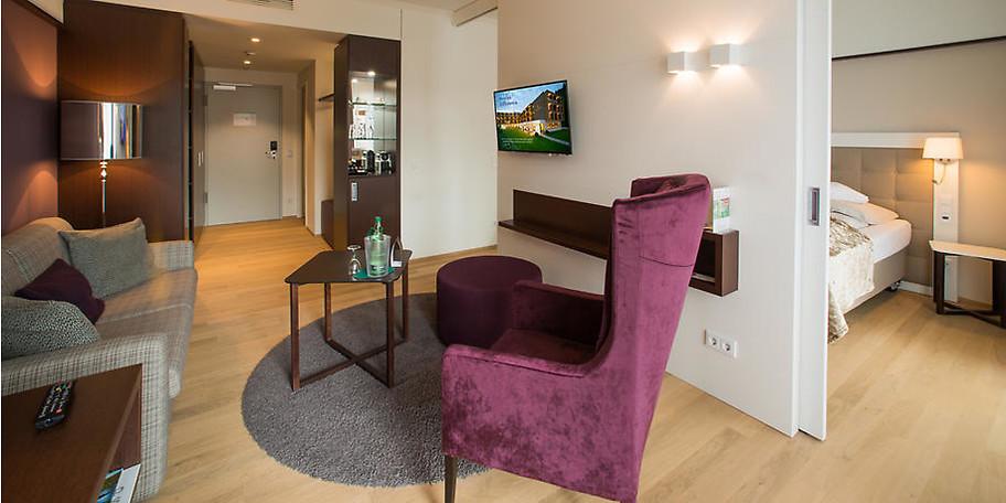 Gemütliche, moderne Atmosphäre in Ihrer Suite im Hotel König Albert