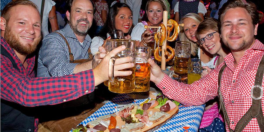 Feiern Sie am Mülheimer Oktoberfest wie die Bayern in München
