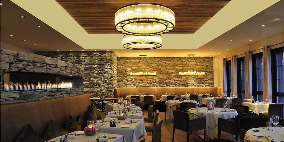 Genießen Sie Ihr Abendessen im Hotel LA VAL im schweizer Wohlfühlparadies