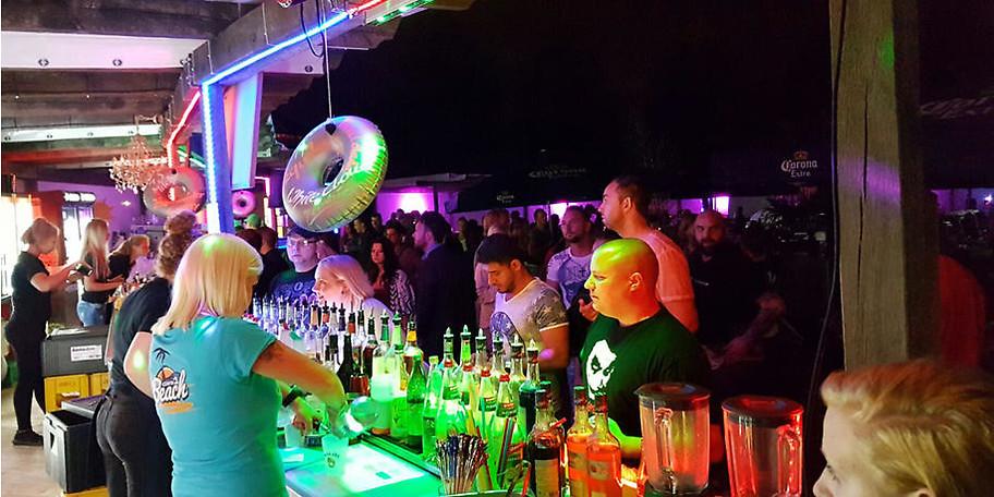 Leckere Cocktails und Aperetives erwarten Sie