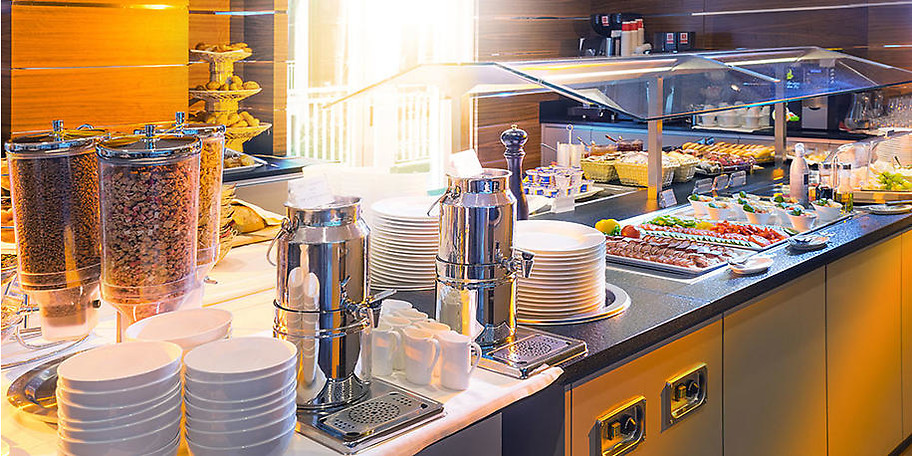 Genießen Sie das reichhaltige Frühstücksbuffet im Hotel Stadt Kufstein