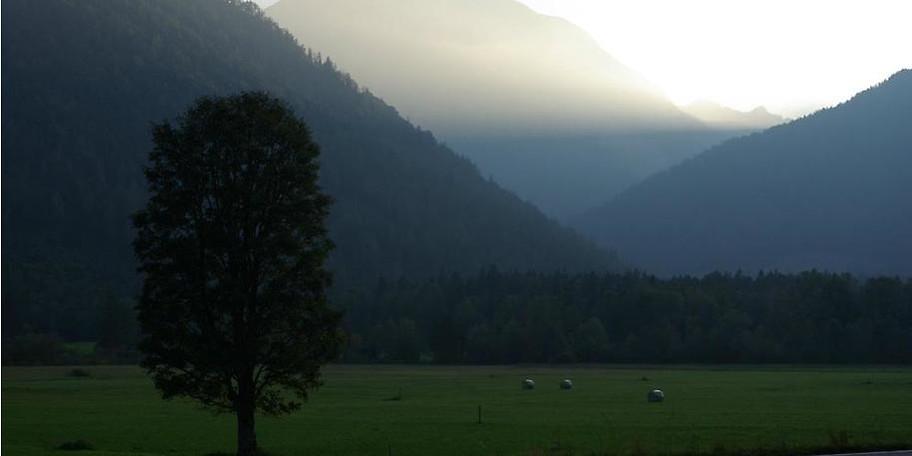 Genießen Sie die idyllische Aussicht in Bayrischzell
