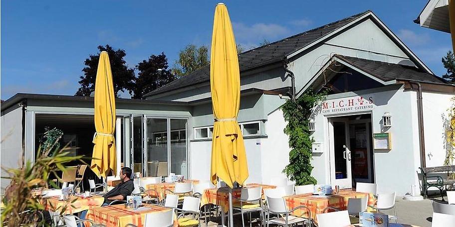 Außenansicht des Café Restaurants