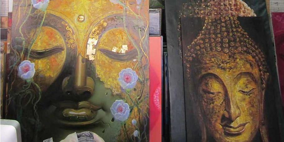 Liebhaber asiatischer Kunstobjekte sind hier in einem wahren Paradies