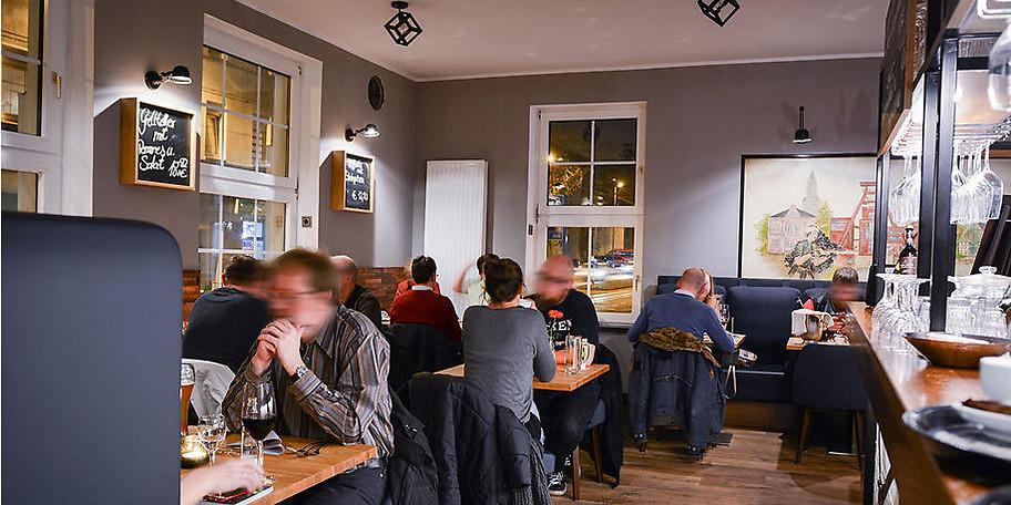 Genießen Sie mediterrane Küche in urbanem Ambiente im Mezzo Mezzo in Essen