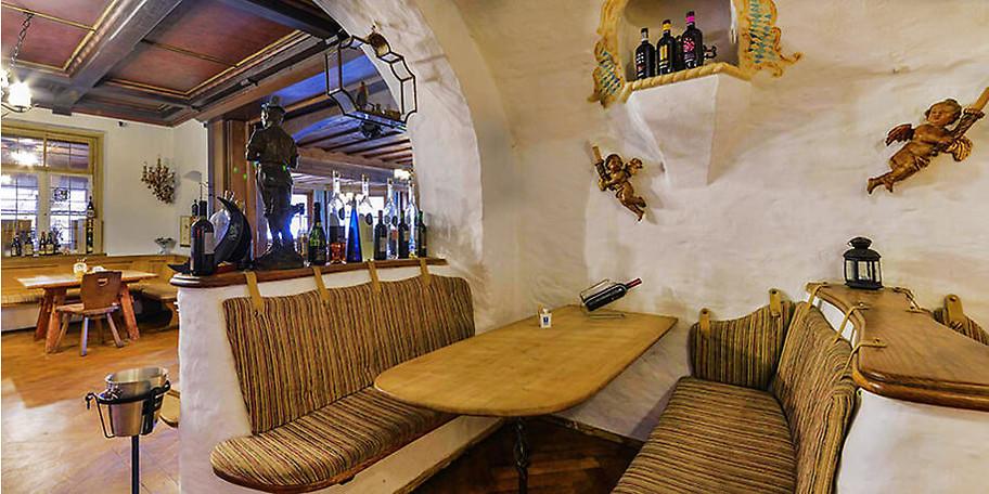 Urige Sitzecke im Restaurant