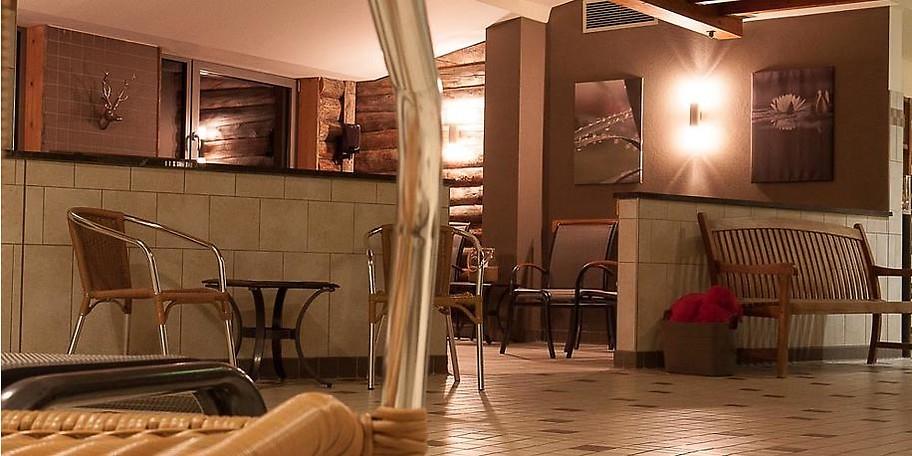 Ob Panorama- oder Blockhaussauna, Dampfbad oder Finnische Sauna – der stilvolle Saunabereich bietet Abwechslung und viel Raum für einen kleinen Urlaub vom Alltag