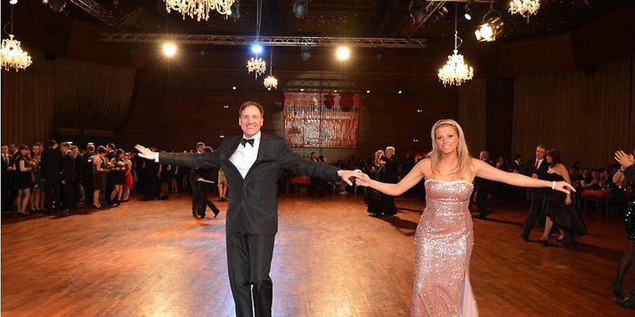 Von Discofox bis Walzer in einer tollen Atmosphäre tanzen in Saarbrücken