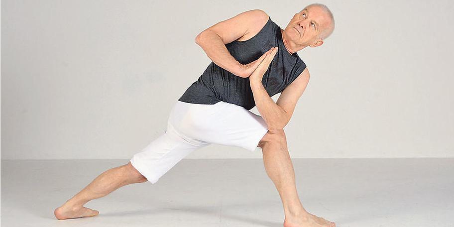 Yoga ist universell - egal ob Mann oder Frau, ob Alt oder Jung