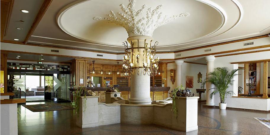 Genießen Sie den Komfort eines Vier-Sterne-Hotels mitten im Herzen Deutschlands und sparen Sie 300,- €!