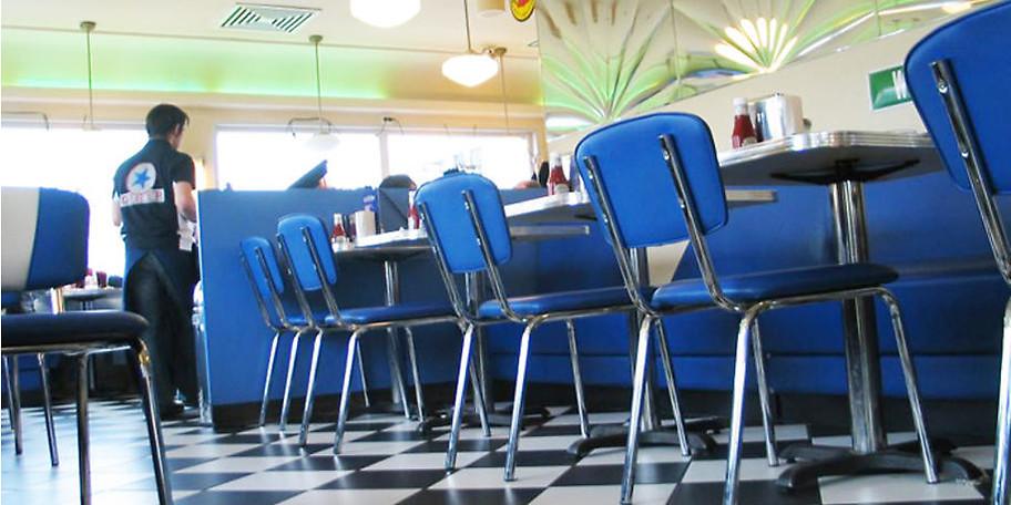 Genießen Sie Burger, Steaks & Co. im Star Diner Essen