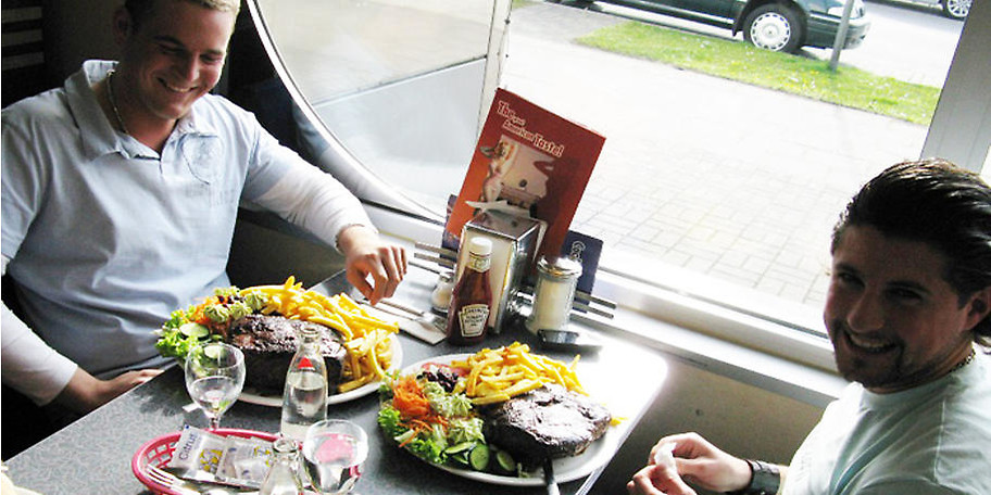 Kräftige Portionen im Star Diner Essen