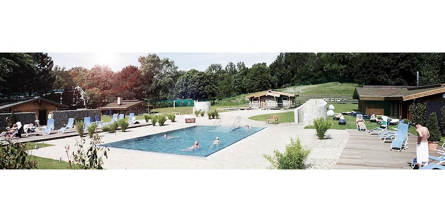 Schwimmen unter freiem Himmel im Außenbereich des Solbad Vonderort in Oberhausen