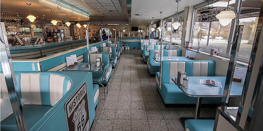 Erleben Sie in unserem Diner die typisch amerikanische Atmosphäre der 50er Jahre