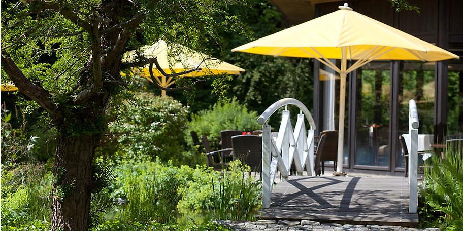 Genießen Sie gemütliche Stunden auf unserer idyllisch gelegenen Sonnenterrasse