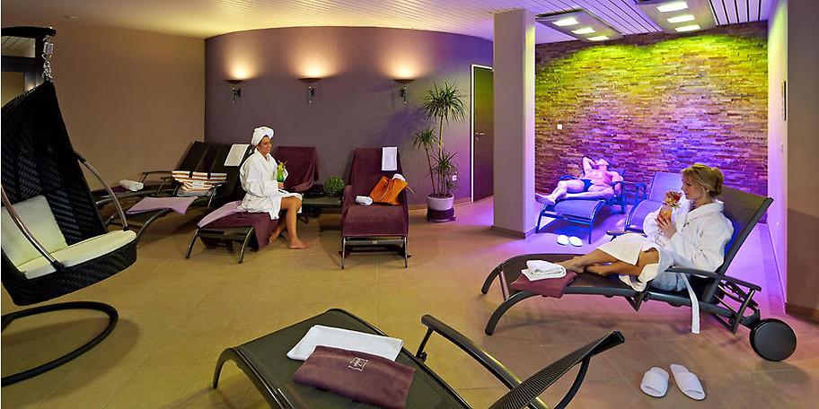 Genießen Sie Wellnesstage im 4-Sterne Hotel am Diemelsee im Sauerland und sparen Sie 299,- €