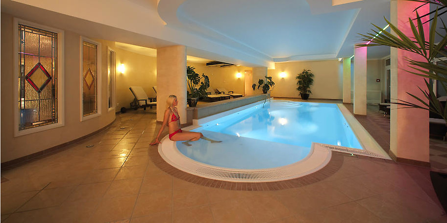 Entspannen Sie im Wellnessbereich des Göbel's Hotel Quellenhof