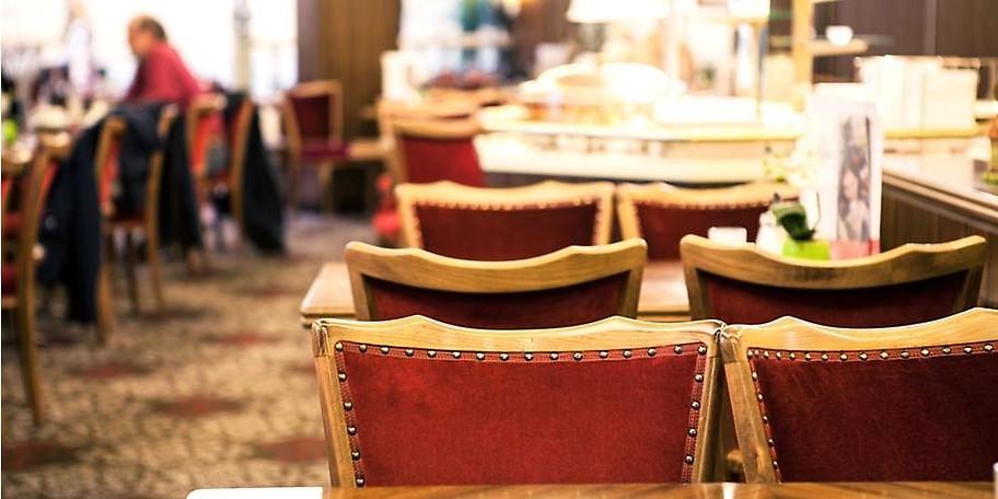 Genießen Sie auch ein leckeres Frühstück oder den abwechslungsreich Mittagstisch im Café Wiacker.